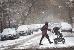 Meteorologai žada žiemą: gali tiek prisnigti, kad maža nepasirodys