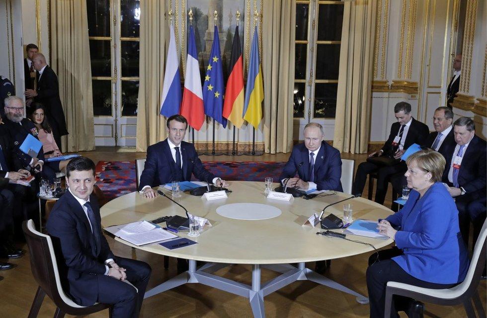 """Paryžiuje prasidėjo """"Normandijos ketverto"""" susitikimas"""