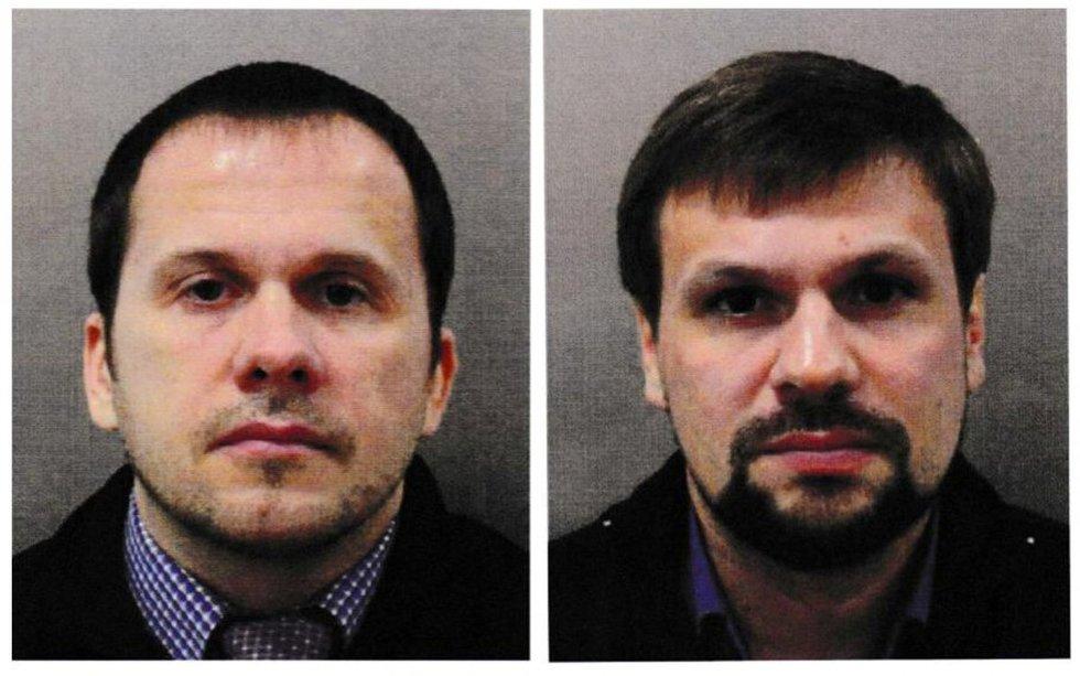 """Kremliaus melas byra į šipulius: """"turistais"""" prisistatę vyrai – saugumo agentai (nuotr. SCANPIX)"""
