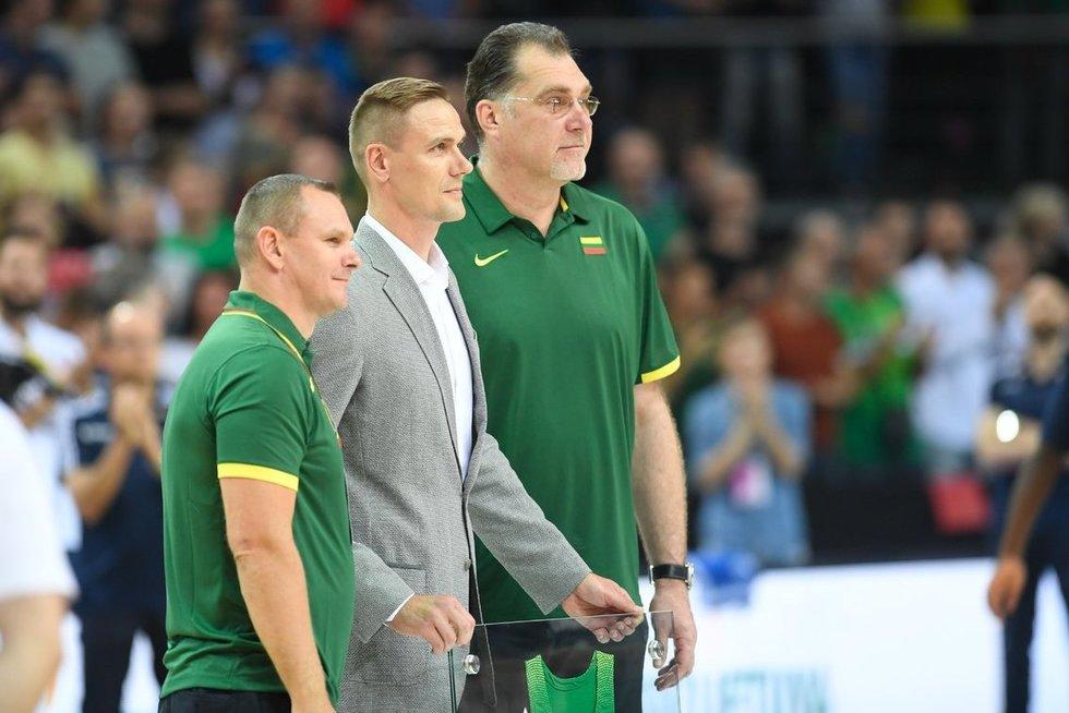 Mindaugas Špokas, Robertas Javtokas ir Arvydas Sabonis (nuotr. Fotodiena.lt)