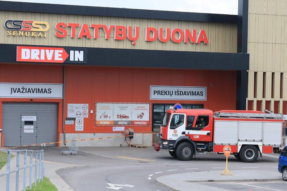 Incidentas prekybos centre  (nuotr. Broniaus Jablonsko)