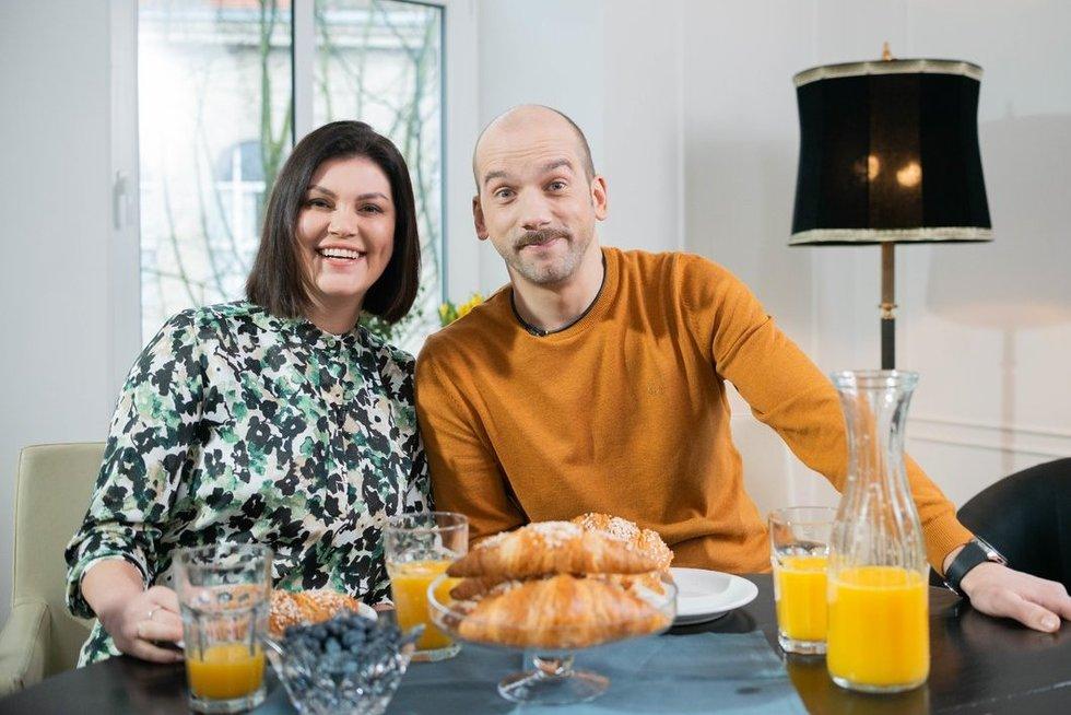 """Žygimantas ir Dovilė Stakėnai tampa naujos TV3 televizijos laidos """"Tėvų darželis"""" vedėjais (nuotr. Fotodiena/Justino Auškelio)"""