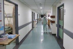 Dėl ekstremalios situacijos Santaros klinikos atšaukia planines operacijas