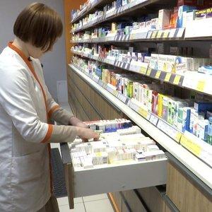 Tvarka dėl kompensuojamo pirmo pigiausio vaisto liks ilgiau nei planuota