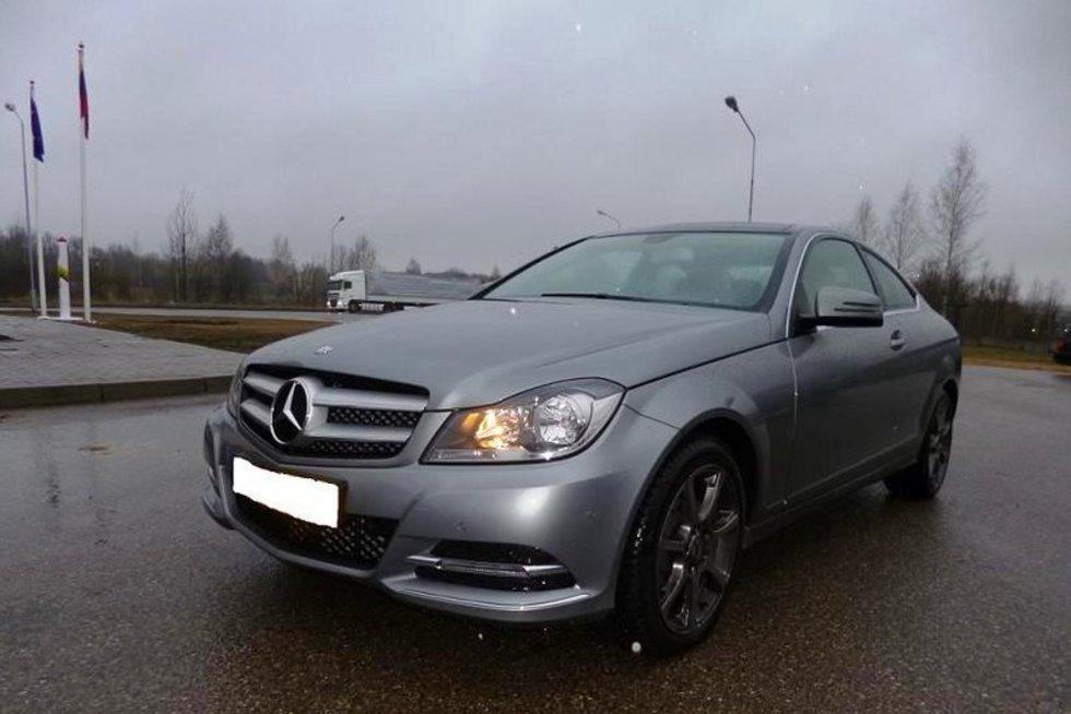 """Nyderlandų pareigūnų ieškotas 2013 m. laidos """"Mercedes Benz C 220"""" (nuotr. VSAT)"""