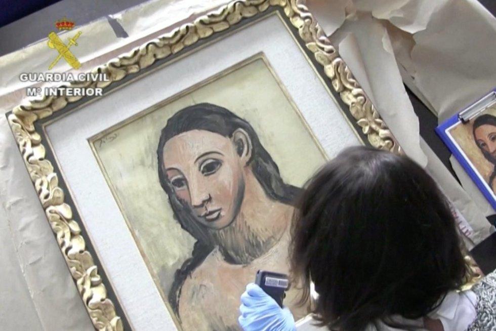 Picasso paveikslas (nuotr. stop kadras)