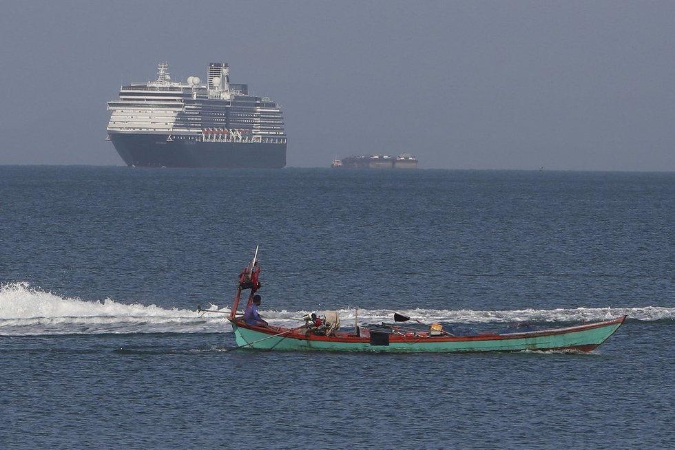 Dėl koronaviruso baimės į Azijos uostus neįleistą JAV kruizinį laivą priėmė Kombodža (nuotr. SCANPIX)