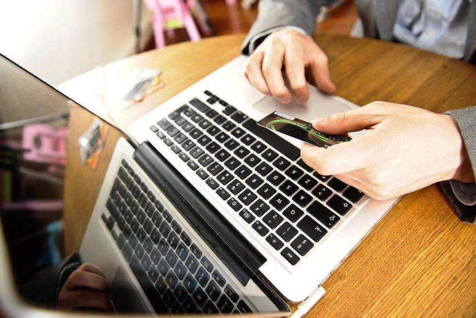 Elektroninė bankininkystė (nuotr. Fotodiena.lt)