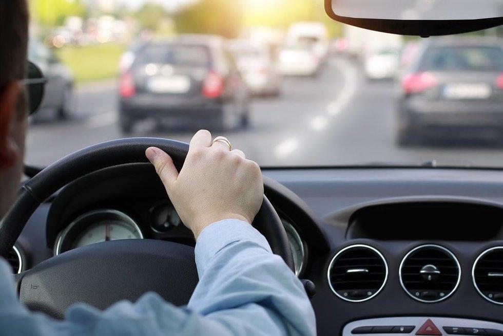 Vairavimas (nuotr. Fotolia.com)