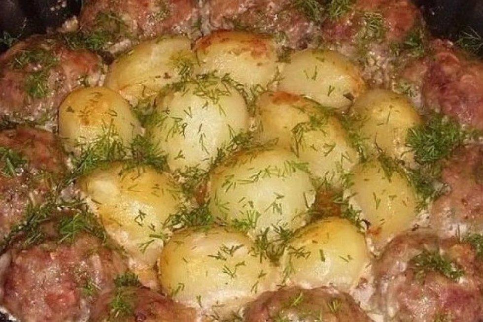 Tobulo skonio kotletukai su bulvėmis: jei gaminti, tai tik taip