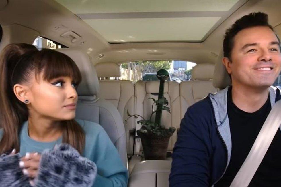 Ariana Grande, Sethas MacFarlane'as (nuotr. YouTube)
