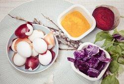 Natūralumu spinduliuojantys kiaušiniai: prireiks vos kelių produktų