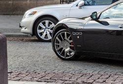 Naujų lengvųjų automobilių rinka Lietuvoje smarkiai smuko