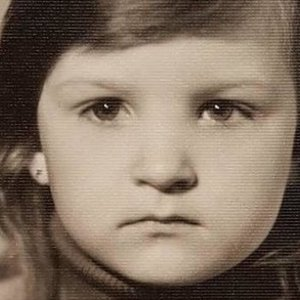 """Praeities kadre – """"TV Pagalbos"""" žvaigždė: ar atpažįstate?"""