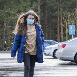 Karantino metu lietuviai patraukė į miškus: medikė atskleidė, ar tai nėra pavojinga