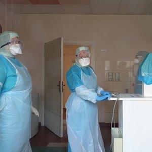 Naujausi duomenys: užsikrėtusių koronavirusu Lietuvoje padaugėjo iki 437