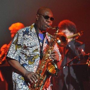 Nuo koronaviruso mirė džiazo žvaigždė Dibango: vyrui buvo 86-eri