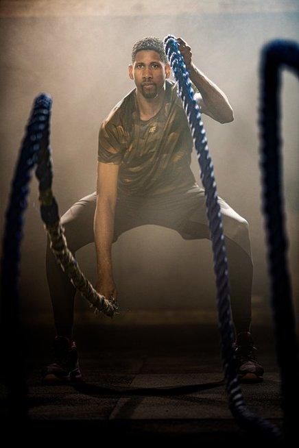 Trenerė pataria: kokios treniruotės labiausiai tinka vyrams ir kaip išsirinkti tinkamą sportinę aprangą