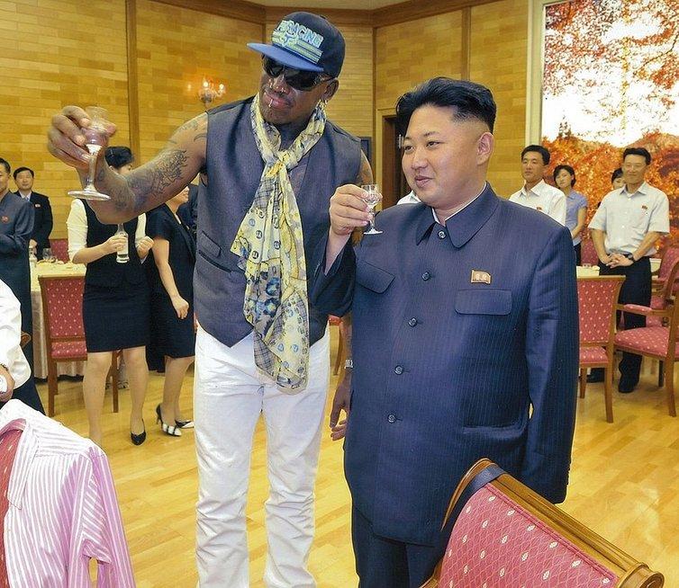 Dennisas Rodmanas ir Kim Jong Unas (nuotr. Organizatorių)