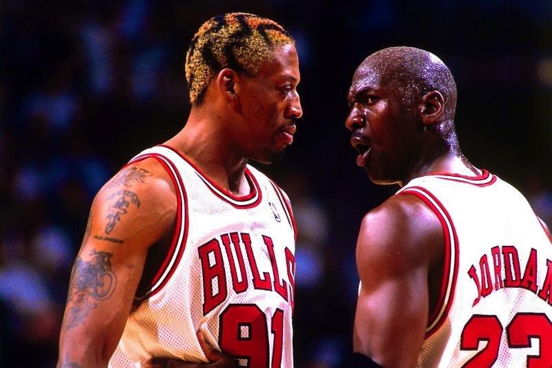 Dennisas Rodmanas ir Michaelis Jordanas (nuotr. asm. archyvo)