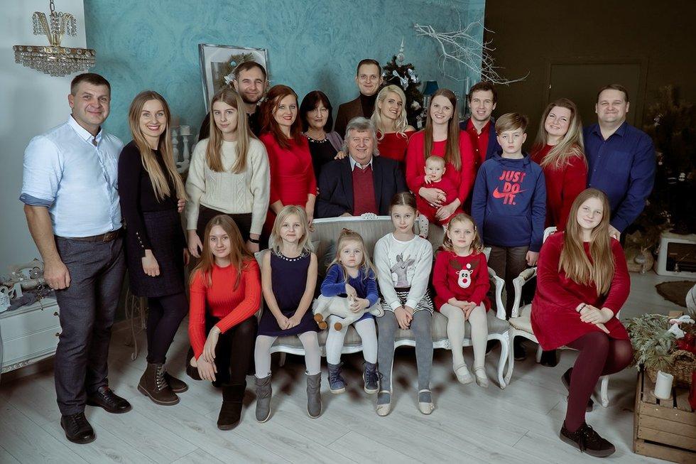 Beveik visa Birutės šeima (Nuotr. Paulius Dautartas)