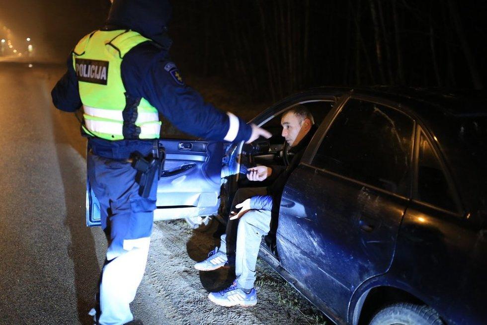 Naktį Vilniuje sučiupti du smarkiai apgirtę vairuotojai nuotr. Broniaus Jablonsko