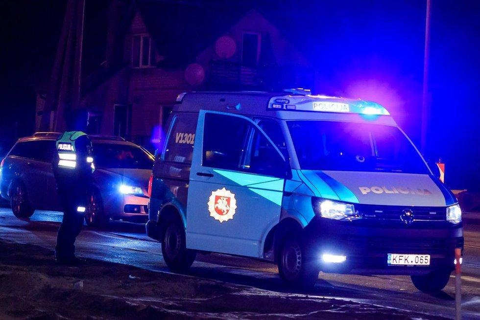 Vilniuje didžiulės policijos pajėgos ieško pagrobtos mergaitės (nuotr. Broniaus Jablonsko)