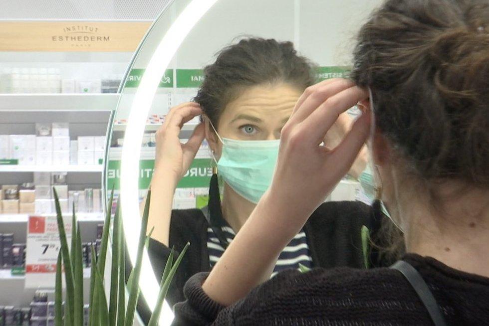 Medicininė kaukė (nuotr. stop kadras)