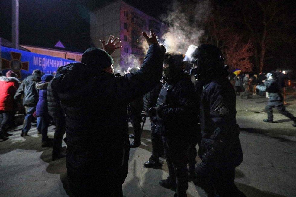 Ukrainos protestuotojų ir policijos susirėmimai (nuotr. Scanpix)