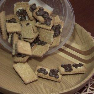 Turguje sausainius pirkusi panevėžietė liko priblokšta: maišelyje rado kirmėlių