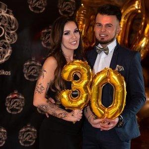 Lietuviškosios Kardashian Justinos mylimasis atšventė jubiliejų: gimtadienio tema – N-18