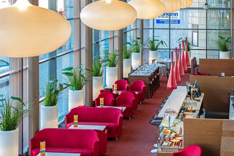Didžiausias Kauno viešbutis švenčia 30-metį: anuomet vietiniai nedrįso ten įžengti (Jurgita Lukos photography)