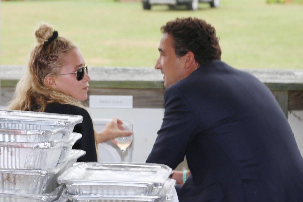 Mary-Kate Olsen ir Olivier Sarkozy