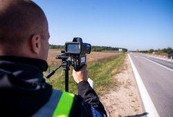 Policija stiprina pajėgas vasaros sezonui: daugės greičio matuoklių