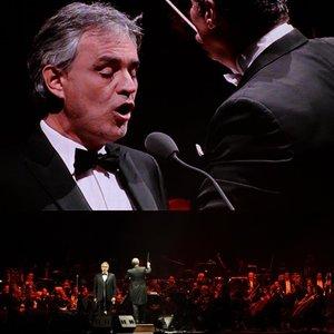Garsiausias italų tenoras Bocelli pripažino sirgęs COVID-19: tai buvo tragedija