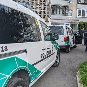Vilniuje iš daugiabučio iškrito moteris