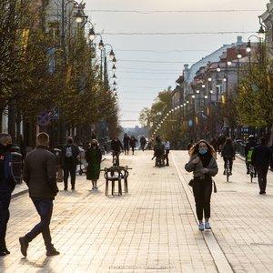 Lietuvoje bus vasariškai šilta: kai kur temperatūra kils iki 21 laipsnio