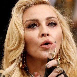 61-erių Madonna kaitina kraują: paviešino asmenines nuotraukas