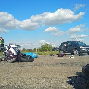 Kauno rajone per avariją su neblaiviu vairuotoju žuvo motociklininkas