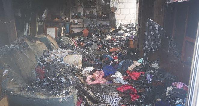 Gaisras Šilutės rajone: be namų liko daugiavaikė šeima