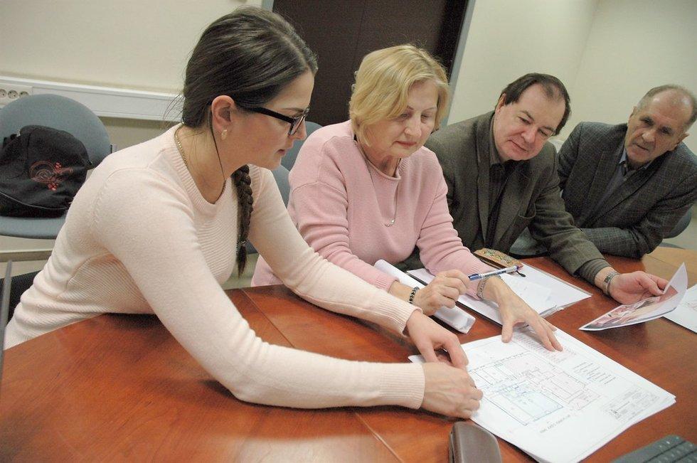 Projekto svarstyme – Švietimo ir mokslo ministerijos, savivaldybės atstovai. (Linos Jakubauskienės nuotr.)