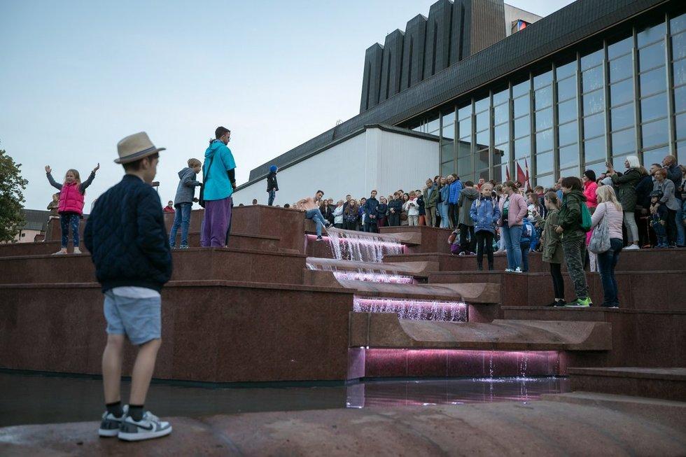 Atgimė operos fontanas