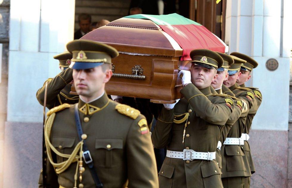 Bronislovo Lubio laidotuvės, 2011 m.