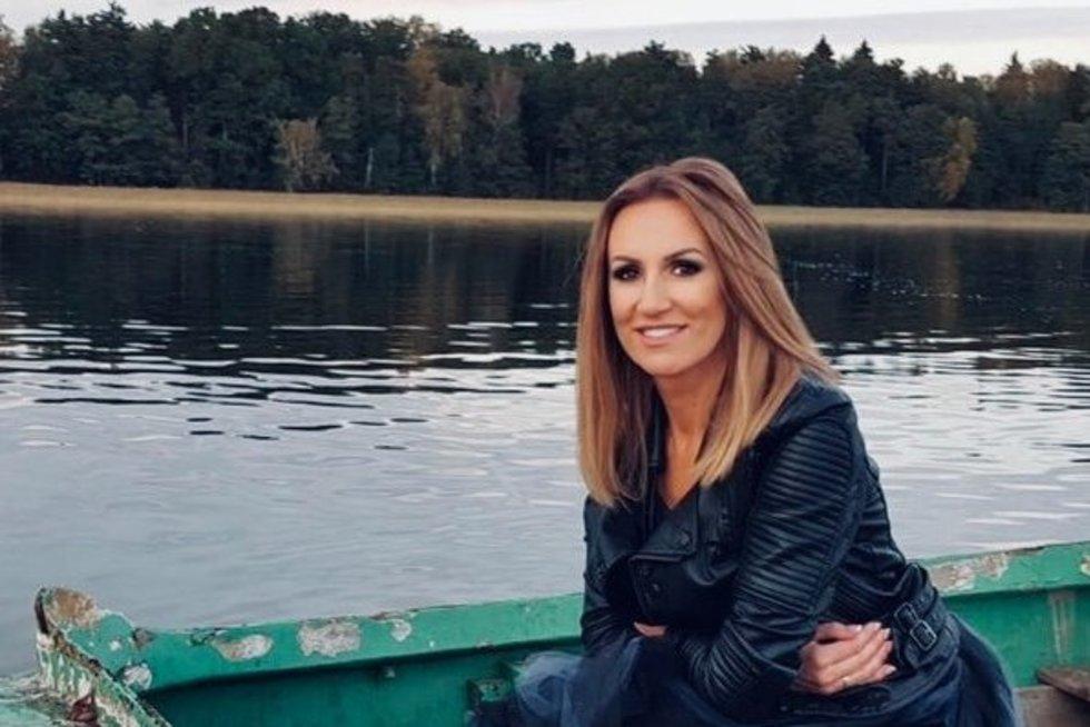 """Katažinos Zvonkuvienės  vaizdo klipo """"Tuštuma"""" filmavimo akimirkos (nuotr. facebook.com)"""