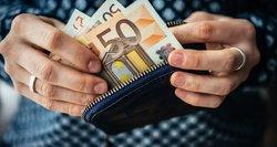 """""""Sodra"""" atskleidė, kokio amžiaus sulaukę žmonės uždirba vidutinį atlyginimą Lietuvoje"""