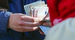 Dūrė į silpniausias privačių pensijų vietas: pinigų paprastai nepasiimsite