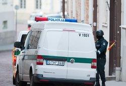 Klaipėdoje rastas apdaužytas BMW: keleivių nebuvo, bet savininkas – girtutėlis