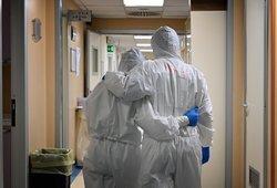 Koronavirusas nustatytas iš Švedijos grįžusiam Elektrėnų gyventojui ir dviem vilniečiams