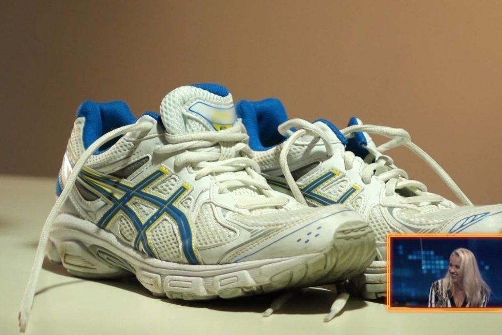 Praktiškas patarimas padės neutralizuoti dvokiantį batų kvapą