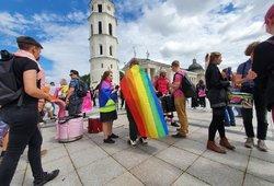 LGBT eitynėse Vilniuje dalyvavo keli šimtai žmonių